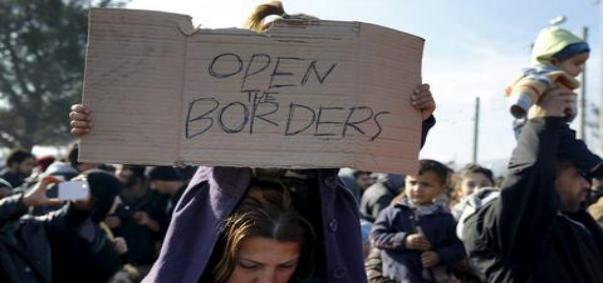 prosfiges-open-the-borders